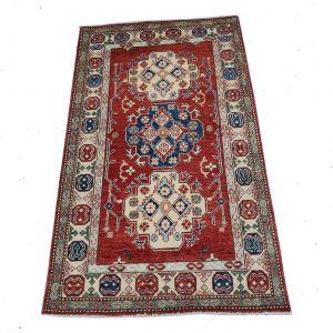 16330- Kazak- 3.8x6.1- 1100-550 NOW 330_s